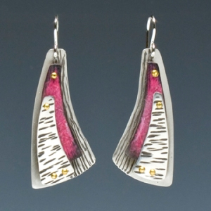 pink triangle earrings 72