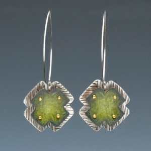 x earrings olive green 72